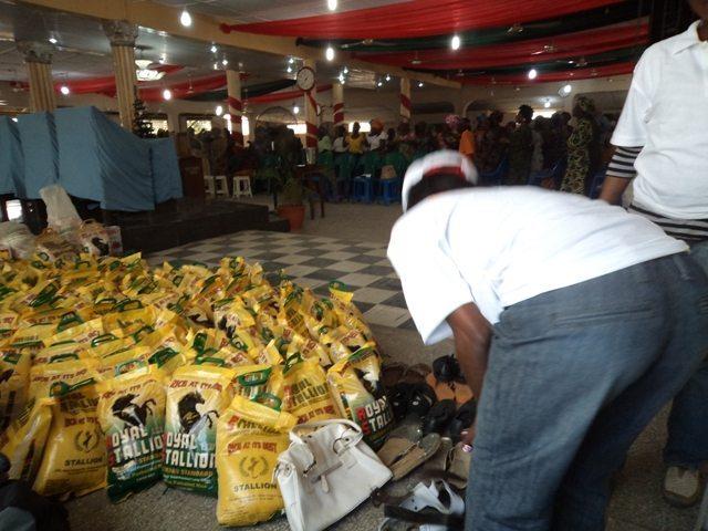1909668487DGI-LAGOS-2011-DEC-0092